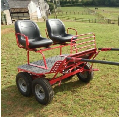 Red Bennington Fun Bug GL (2011) for up to 15 hand horse. Excellent condition