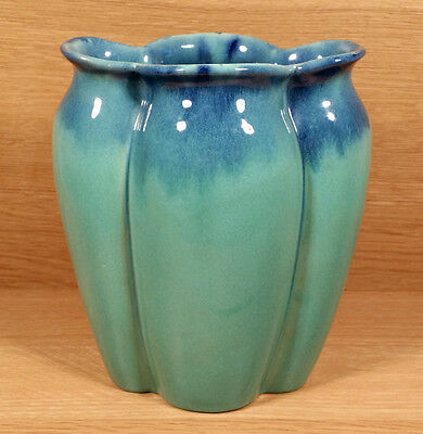 Large Vintage Muncie Indiana American Art Pottery Vase Gloss Blue Over Green 9""