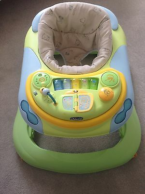 Chicco Baby Walker Play Station DJ