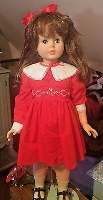 Gorgeous Companion  Play pal l Type 1960  Horsman 1959 has wig
