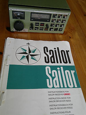 Sailor R2022 Marine Receiver