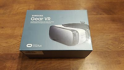 Samsung Gear VR Headset Oculus White SM-R323 for Galaxy Note 5 S7 S6 edge+