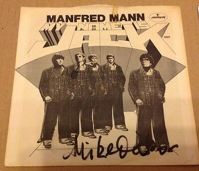 Manfred Mann - Name Is Jack   -  Mike D'abo Signed 7 Inch Ps   -  Authentic Uacc