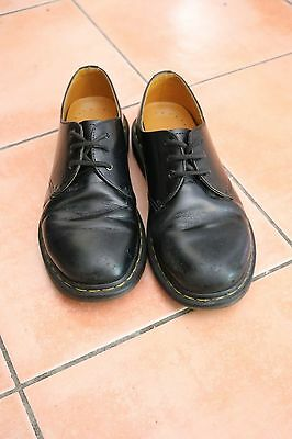 Dr martens shoes size uk 6