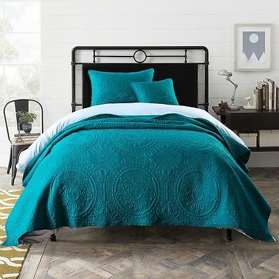 Macey and Moore Baroque Bimini Blue Queen King Bedspread Coverlet Set Cotton