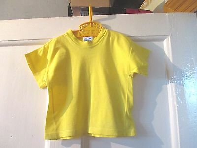 Vintage yellow  Children's World  t-shirt approx age 18-24 months