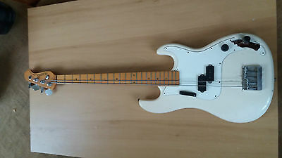 Hohner arbor series bass vintage electric guitar small crack in joint in main bo