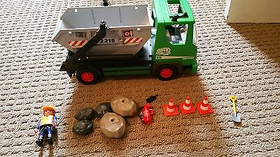 Playmobil skip rubbish/ work truck 3318 Great Condition with extras