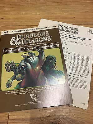 Dungeons And Dragons TSR Official Combat Shield and Mini-Adventure