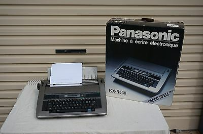 "Panasonic Electronic Typewriter KX-R530 with ""Accu-Spell"""