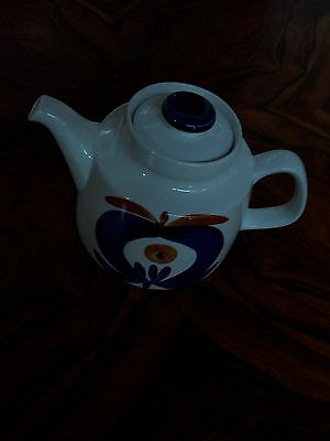 Teapot in Polka range by Marianne Westman for Rorstrand -Swedish Pottery