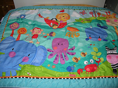 Fisher-Price Discover n Grow Play Mat JUMBO 40x58 TUMMY TIME Activity Quilt