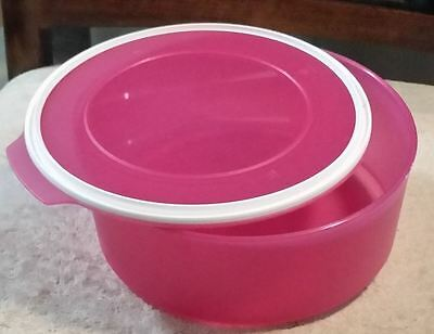 Tupperware Pink 1.5 Lt Canister RRP $24
