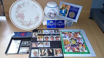 Prince Charles/Lady Diana (1981) Memorabilia Coin/Stamps +