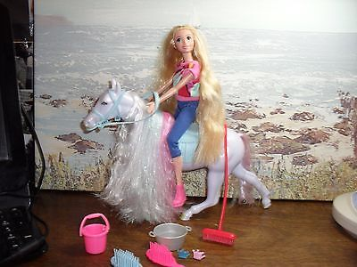barbie doll with  beautiful horse ,dressed in her riding gear,plus accessories