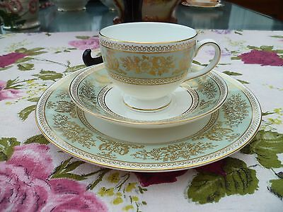 Wedgwood China Trio Tea Cup Saucer Large Plate Columbia Sage Green Gilded