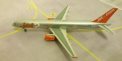 Jet2 Boeing 757-200 G-LSAA  Gemini Jets 1/400. RARE, GREAT CONDITION.