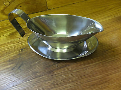 Stainless Steel - Gravy Boat with Drip Tray