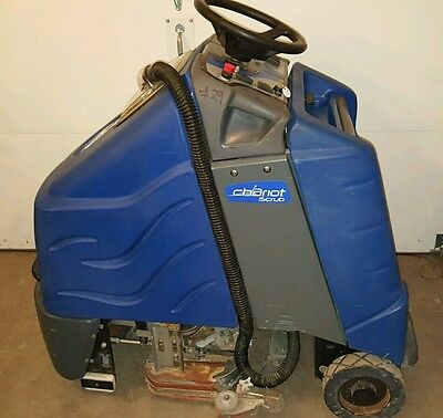 Windsor Chariot Csx24 Iscrub Rider Auto Scrubber W/ Charger Tennant Nobles Kent