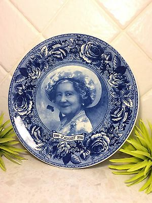 Wedgwood - The Queen Mother Centenary 1900 to 2000 Collector's Plate - Roses