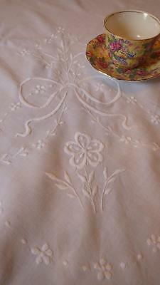 """Large Antique Vintage Embroidered White Cotton Tablecloth 50"""" x 56"""" Bows&Flowers"""