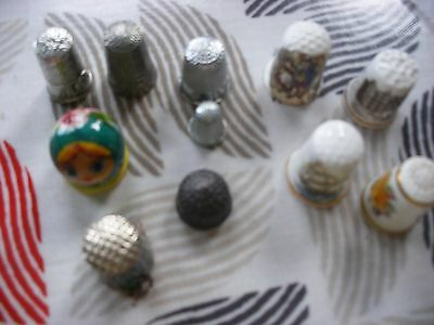 18 thimbles China and metal and wooden