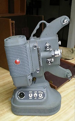 Dejur projector USA Model 1000 Movie Projector 8MM