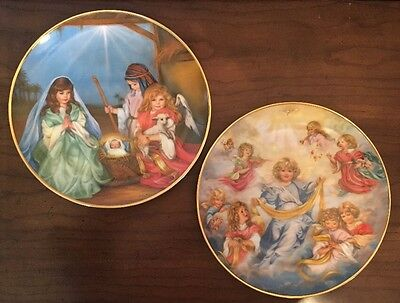 Set Of 2 Christmas Plates Sandra Kuck A Children's Christmas Pageant Collection