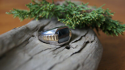 14k White & Yellow Gold Mens Solitair Ring with Hematite Cabochon
