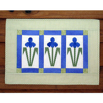 IRIS WALL QUILT QUILTING PATTERN, from MH Designs, *NEW*