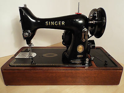 Beautiful Singer 99k Electric sewing machine with Accessories.