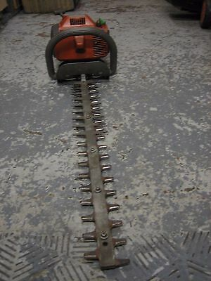 """Husqvarna H 60 Genuine Used Hedge Trimmer ,27.5"""" - 70 Cm Double Sided Blades"""