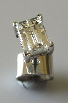 Secondhand 18ct White Gold Solitaire Millennium Cut Diamond 0.40ct Stud Earring