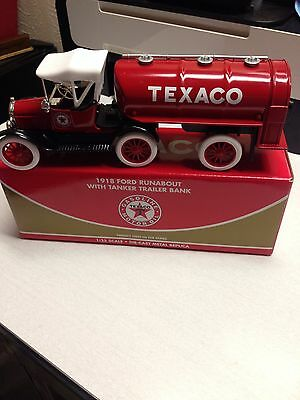 **NEW** RC2 1918 Texaco Ford Runabout With Tanker Trailer Bank