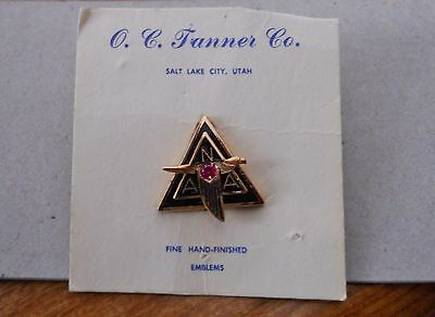 Vintage 1950's North American Aviation 5 year service pin - new on original card