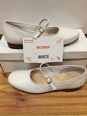 Womens Size 7.5 W White Scoop Square Dance Shoes