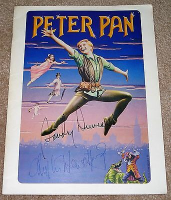 Sandy Duncan Christopher Hewett Signed Peter Pan Musical Souvenir Program 1981