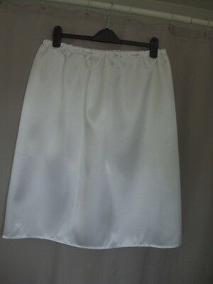 short knee calf length white satin underskirt slip petticoat size 20+plus bnwot