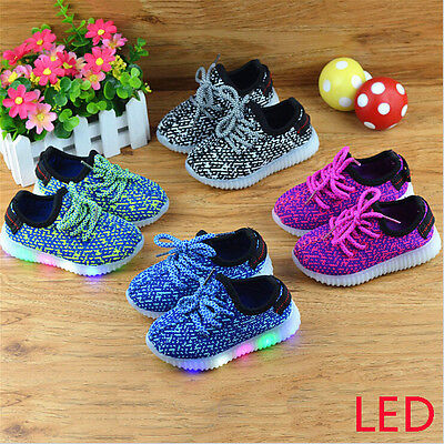 LED Kids Boys Girls Shoes Light Up Luminous Children Trainers Sport Sneakers HOT