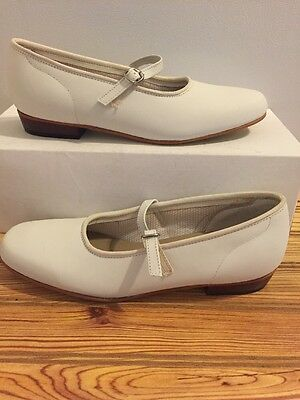 Womens Size 6.5 N White Scoop Square Dance Shoes