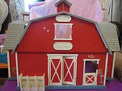 Breyer Fold Out Plastic Paddock Pals Red Barn - Vintage - Also For Stablemates