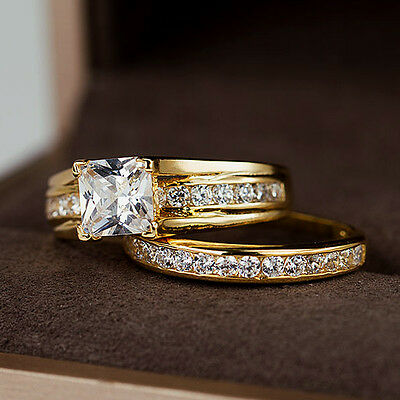Set Of 2 WEDDING 1.5CT PRINCESS CUT SOLITAIRE RING SET W/ ACCENTS 18K YELLOW GF