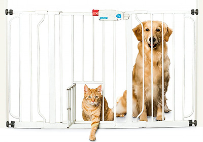 Carlson 0930PW Extra-Wide Walk - Thru Gate with Pet Door - For Cats & Dogs