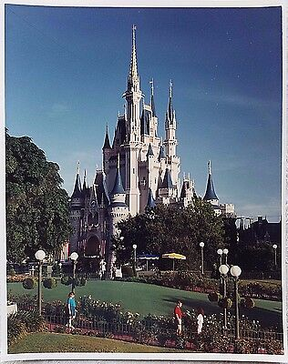 Rare 1991 Walt Disney World Magic Kingdom Cinderella Castle Publicity Photo