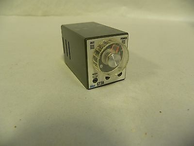 Idec GT3A-2 AF20 Electronic Timer Relay (A5)