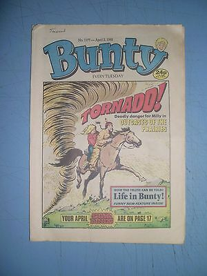 Bunty issue 1577 dated April 2 1988