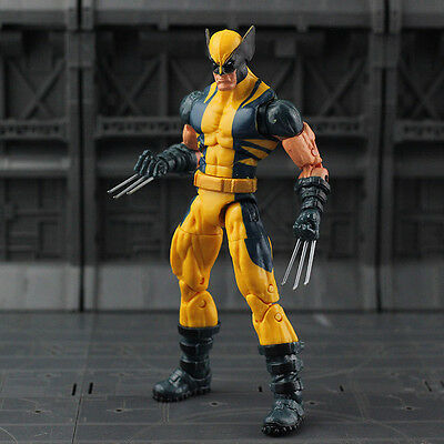 Legends Wolverine x-men puck series tru Infinite Series