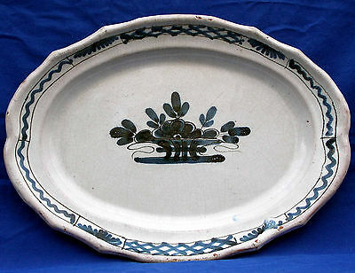 Fine late 18th century French faïence decorated blue & white platter, circa 1780