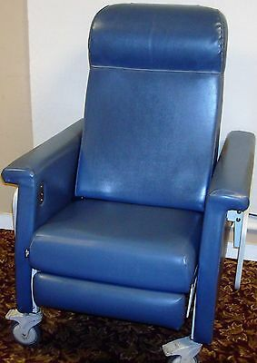 Winco 694 Medical Dialysis Chair Transport and Recliner with Heat and Massage