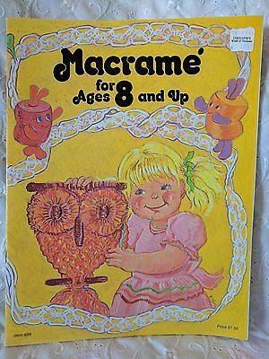 Vintage Booklet - Macrame for Ages 8 and Up #886 c. 1976